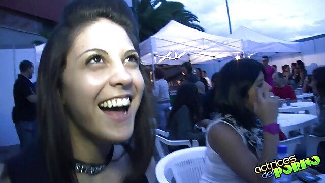 Dos adolescentes rubias se turnan para maduras mexicanas videos caseros follar