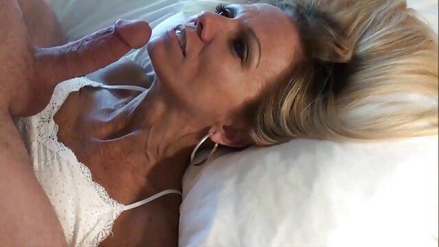 Dulce chocolate bbw anal videos caseros produciendo anal crema de sex machine